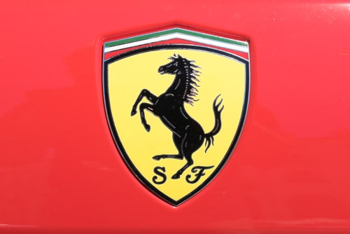 Classic Ferrari logo. Interesting facts about Cars.